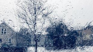 Prognoza pogody na dziś: deszcz ze śniegiem, śnieg i marznący deszcz