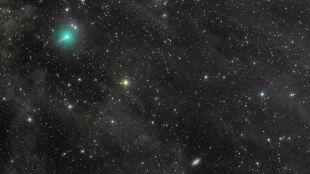Niezwykła kometa krąży po naszej okolicy. Jej blask jest większy niż zakładano