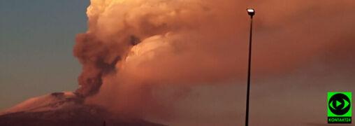 """""""Pokazał się różowy dym, całe niebo zrobiło się czerwone"""". Erupcja Etny"""